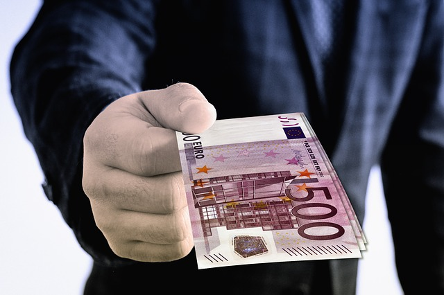 Pożyczki od osób prywatnych przez internet