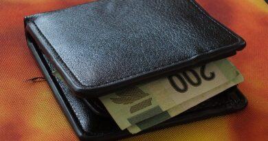 Jak chronić wynagrodzenie przed komornikiem?