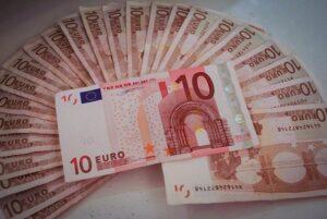 Pożyczki dla zadłużonych bez zdolności kredytowej online
