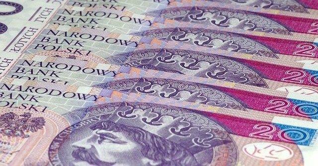 Czy w sklepie można płacić banknotem 500 zł